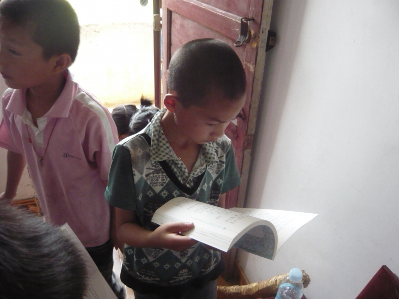 斯图特基金会:江西万载县杭桥小学心平图书室落成 - 阅读是学习之母 - 心平阅读联盟